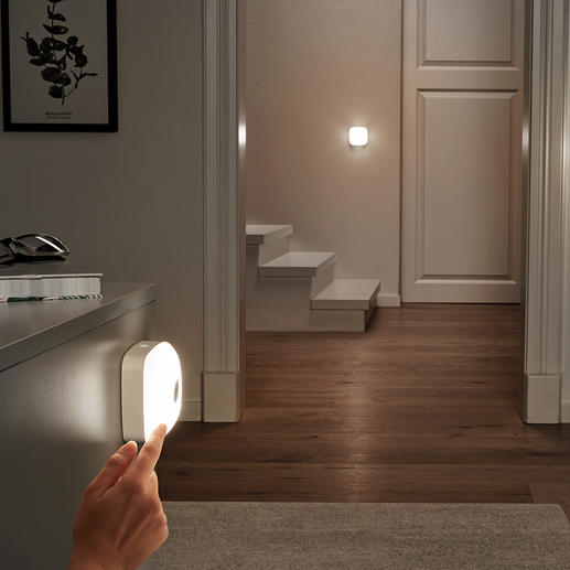 Smart-Lights, 3er-Set (1 Basisleuchte, 2 Zusatzleuchten) Kabelloses LED-Licht, wo und wie Sie es brauchen. Mit nur einem Tastendruck im ganzen Haus.