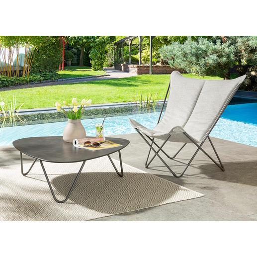 Klappbarer Lounge-Chair Sphinx oder Lounge-Tisch Bequem, platzsparend faltbar, leicht und mobil. Komfort und Qualität von Lafuma, Frankreich. Für drinnen und draussen.