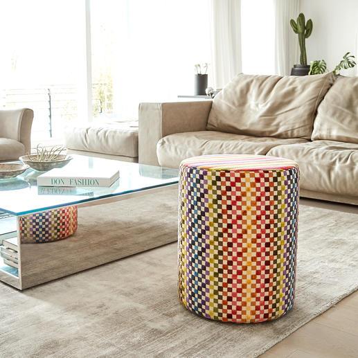 Missoni-Sitzhocker Ein Feuerwerk der Farbenfreude, das Streifen und Karrees raffiniert kombiniert. Immer ein exklusiver Blickfang.