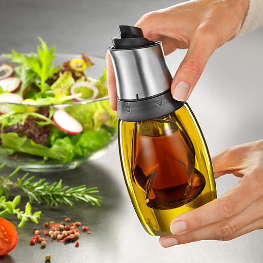 Einfach durch Drehen des Deckels wählen Sie ob Essig oder Öl ausgegeben werden soll.