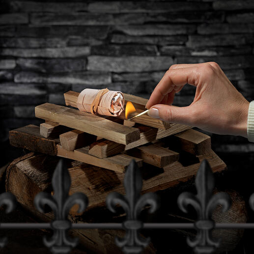 Mit nur einem Anzünder entfachen Sie spielend auch grössere Mengen Grillkohle oder Holz für Kamin- und Lagerfeuer.
