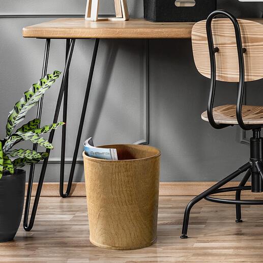 Teak-Papierkorb Hochaktuell und immer ein Unikat: der Papierkorb aus massivem Teakholz. Aufwändig von Hand aus einem Stück Holz gefertigt.