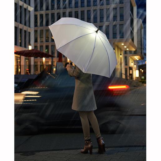 LED-Stockschirm Der Regenschirm mit LED-Beleuchtung: Besser sehen und gesehen werden bei Dunkelheit.