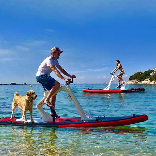RedSharkWasserfahrrad Funsport neuester Stand: das spektakuläre Wasserfahrrad. Stabil ausbalanciertes Wassergefährt, 2-in-1-Fitnesstrainer und bestaunter Star an jedem Strand.