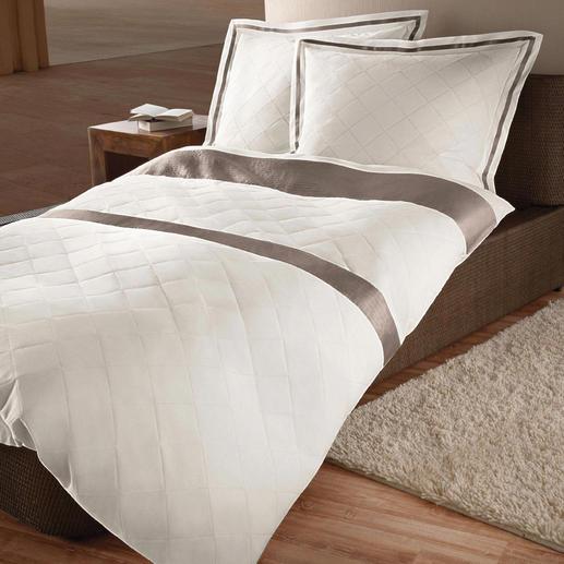 Gefütterte Bettwäsche, 2-teilig - Ohne Tagesdecke immer ein perfektes Bett. Durch aufwändige Steppung stets tadellos glatt.
