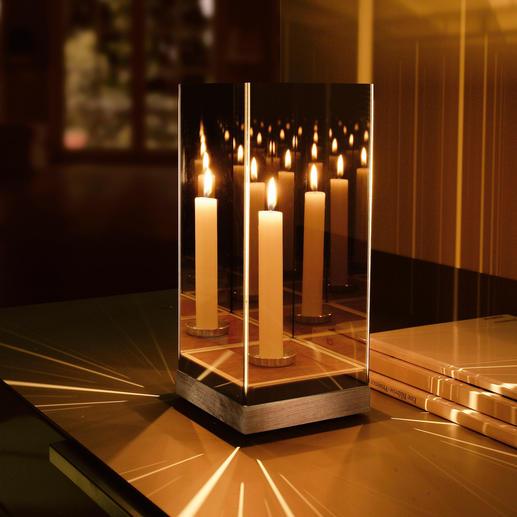 Geheimnisvolles Spiegellicht Ein Effekt von verwirrender Schönheit – durch nur eine Kerze entfacht.