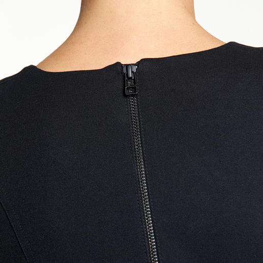 Sly 010 Fake Wrap Dress Der Sexappeal eines Wickelkleides – aber ohne lästiges Rutschen und Zupfen.