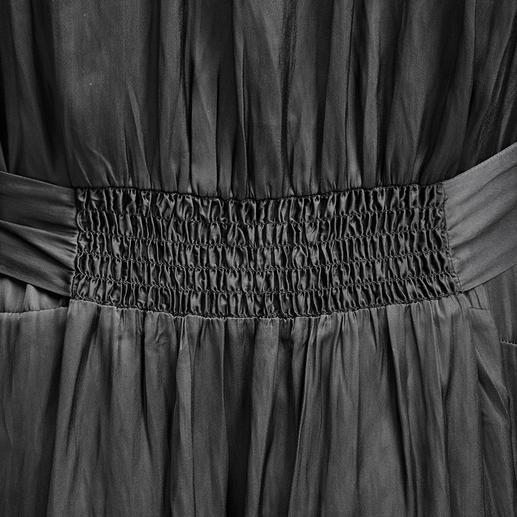 Zadig & Voltaire Maxi-Blusenkleid Im Trend: lange Blusenkleider aus fliessendem Stoff. Das von Zadig & Voltaire sitzt und fällt perfekt.