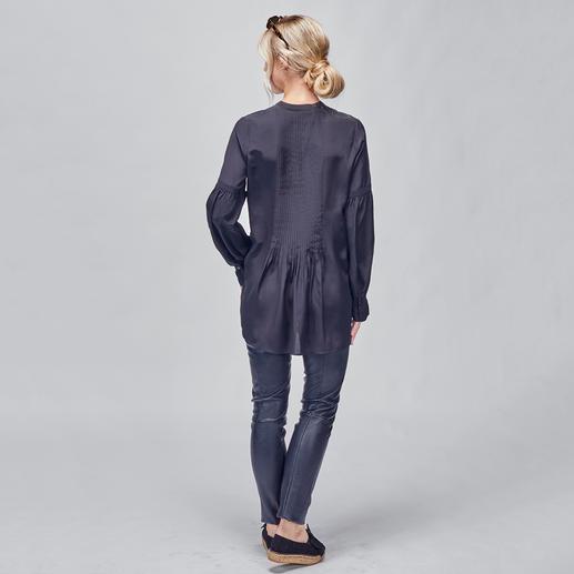 SLY010 Biesen-Tunika Trend Hippie-Bluse. Die von SLY010 ist aus reiner Seide – selten edel und elegant.