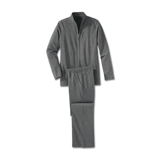 Loungewear-Anzug Fit fürs Training. Schick beim Spontanbesuch. Bequem auf dem Sofa. Ein Anzug.