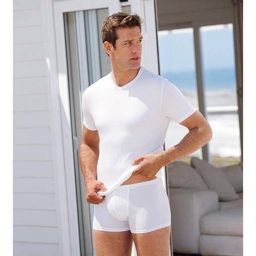 Zimmerli Micro-Modal®-Wäsche Seidenweiches MicroModal®: Für immer weiss. Für immer schwarz. Perfekt als Schlaf- oder Unterzieh-Shirt.