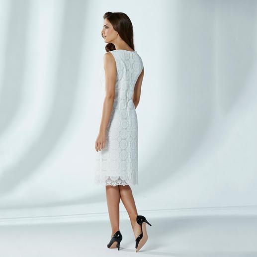 Etuikleid Plauener Spitze® Etuiform & Plauener Spitze® – zwei Mode-Legenden in einem Kleid.