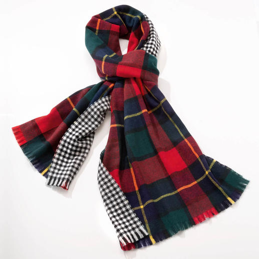 Johnstons Doubleface-Karo-Schal Ein edler Doubleface-Schal. Zwei klassische Muster. Von Johnstons of Elgin/Schottland, Tradition seit 1797.