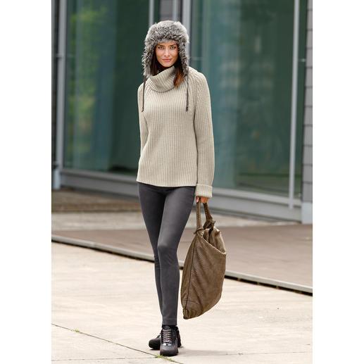 neyo Grobstrickpulli Slow Fashion: Angesagt grob gestrickt, aber auf traditionelle Art. Und unter fairen Bedingungen. Von neyo.