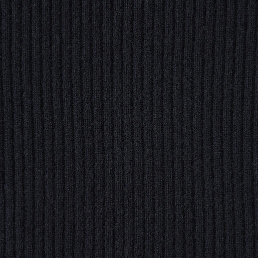 FTC Kaschmir-Feinripp-Rolli Perfekt sogar unter einem Blazer: 2-Ply-Kaschmir in selten feinem Rippenstrick.