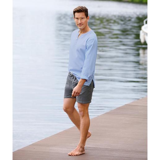 Beachshirt Das Beachshirt aus hauchdünnem Baumwollbatist. Ganz unkompliziert zum perfekten Look.