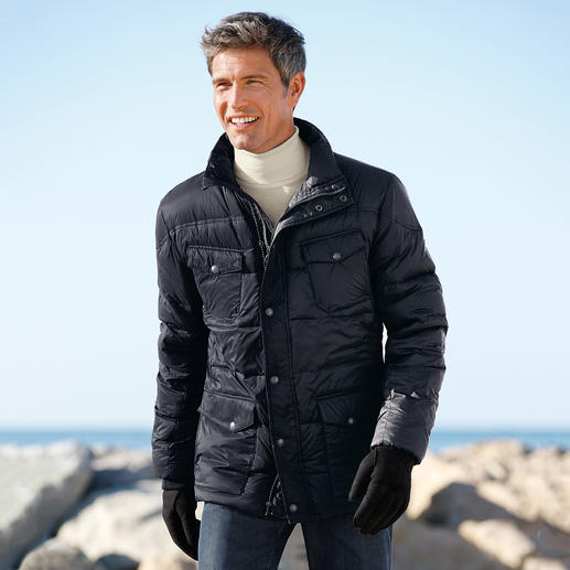 Herren Steinbock® Nano-Daunenjacke oder Damen Steinbock® Nano-Daunenjacke mit Webpelz Perfekte Daunen-Wärme auch bei Regen und Schnee. Dennoch ultraleicht. Voll atmungsaktiv. Und erfreulich erschwinglich.