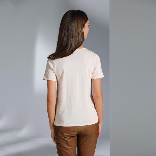 Twinset-Jacke oder -Pulli Feinstrick/Seide Ein Klassiker auf dem neuesten Stand: das Twinset aus Feinstrick und Tuchseide.