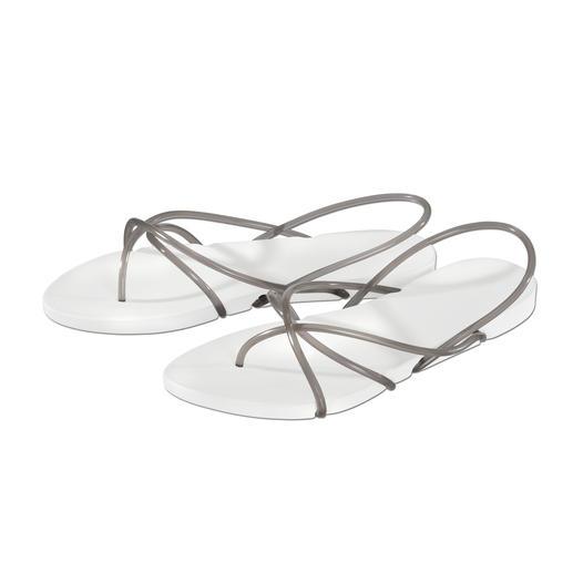 """Ipanema Sandale """"Philippe Starck-Design"""" Stylisher und puristischer kann eine Strand-Sandale kaum sein. Ipanemas, designed by Philippe Starck."""