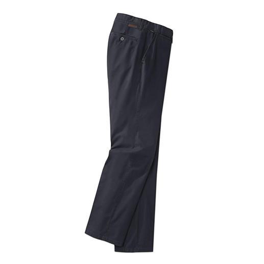 """Hose Sun Reflect Fühlbar kühler: Dunkle Hose mit """"Sun Reflect"""". Heizt sich nicht auf. Und bleicht nicht aus."""