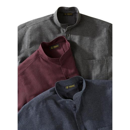 Das Nehru-Hemd aus winterwarmem Flanell. In der unvergänglichen Stehkragenform. Flauschig weich und angenehm leicht.
