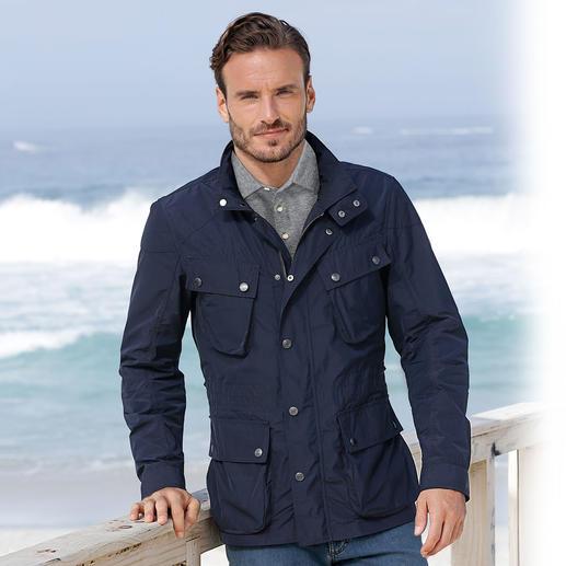 Hackett Velospeed-Jacke Selten findet man in modischen Kollektionen einen solchen Klassiker.