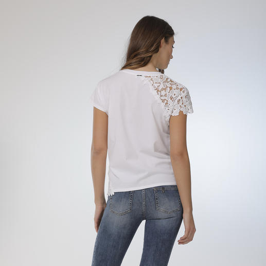 Liu Jo Basic-Spitzenshirt Viel mehr als nur ein weisses Basic-Shirt.