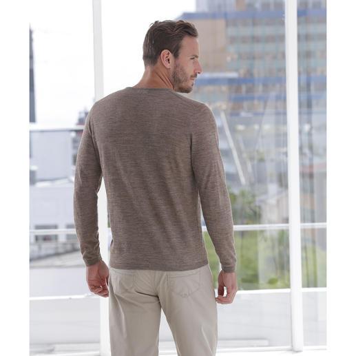 Baby-Alpaka-Seiden-Pullover Federleicht und doch strapazierfähig: der Ganzjahres-Basic-Pullover aus Baby-Alpaka und Seide.