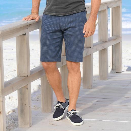 Jersey-Jacquard-Bermudas Gentleman-Bermudas mit Jogginghosen-Feeling. Aus softem Jersey mit Jacquard-Dessin.