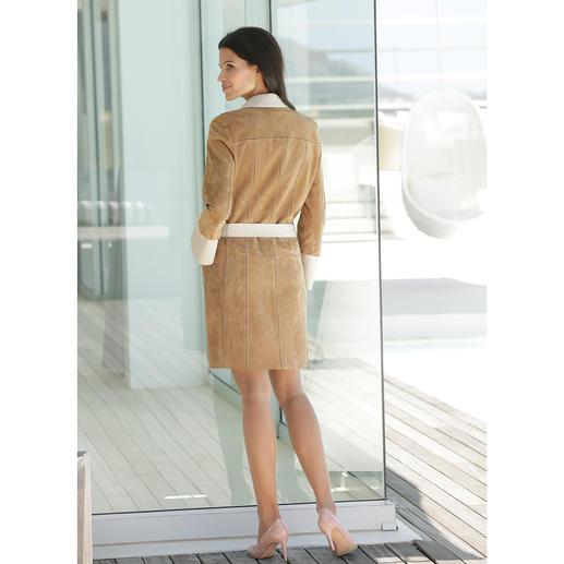 Ziegenvelours- Vario-Mantel Handschuhweiches Ziegenveloursleder. 580 Gramm leicht. Und vielseitig wandelbar.