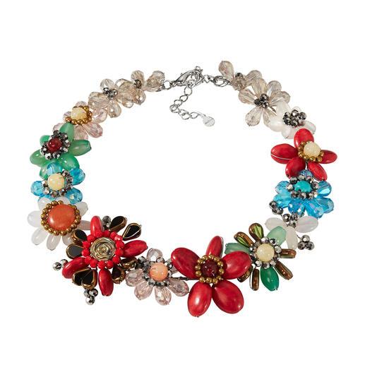 Smitten Statement-Kette, Multicolor Aufwändig aus einzelnen Perlen handgearbeitet statt massengefertigt.