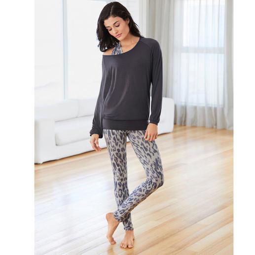 Curare Yogawear Weit mehr als nur ein Yogasuit: Wellness zum Anziehen. Der vielleicht bequemste Hausanzug, den Sie je getragen haben.