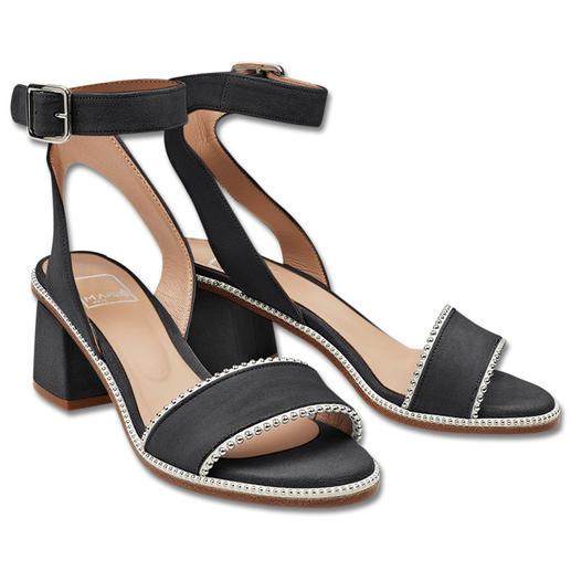 MA&LÒ Fesselriemen-Sandalette Trendige Fesselriemen-Sandaletten mit Nieten: in tragbarer Höhe, sehr dezent und zu einem erschwinglichen Preis.