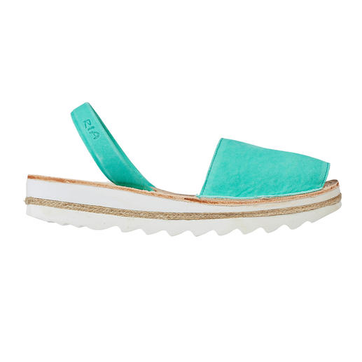 Avarcas de Menorca Die traditionelle Menorca-Sandale: Handgefertigt. Und in den heissesten Sommern bewährt.