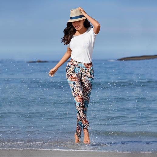 Skiny Strandhose oder Bikini Tahiti Das modische Muster kommt direkt vom Laufsteg. Die gute Passform vom Wäschespezialisten.