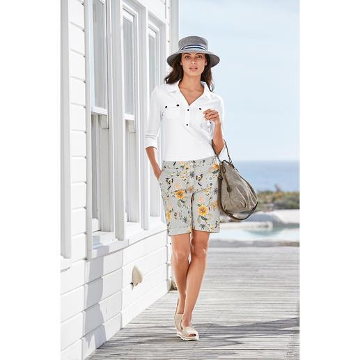 Edel-Bermuda-Shorts Elegant genug als Rock-Ersatz: die Edel-Bermudas mit modischem Druck-Dessin.