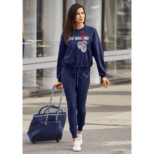 Love Moschino Sweatshirt Self-Portrait, Slim-Fit Jogg-Pants oder Statement-Shirt Edler als die meisten. Kreativer als viele: die Sports-Couture von Love Moschino.