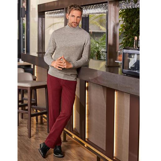 Donegal-Rollkragenpullover Kernige Donegal-Optik ganz ohne Kratzen. Der elegante Pullover aus selten feinem, weichem Garn mit kostbarem Royal-Alpaka.