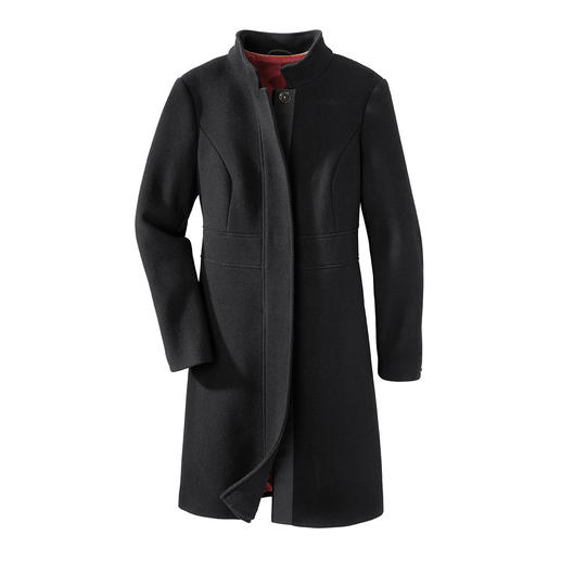 Black-Basic-Coat Der perfekte schwarze Basic-Mantel für 24 Stunden am Tag. Zeitlos eleganter Schnitt. Edler aber strapazierfähiger Stoff.