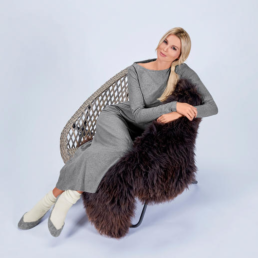 Cornelie Weiss Maxi-Shirtkleid, Longshirt oder Sweatpants Homewear oder Streetwear? Beides! Shirtkleid, Longshirt und Sweatpants im Casual Clean-Chic.