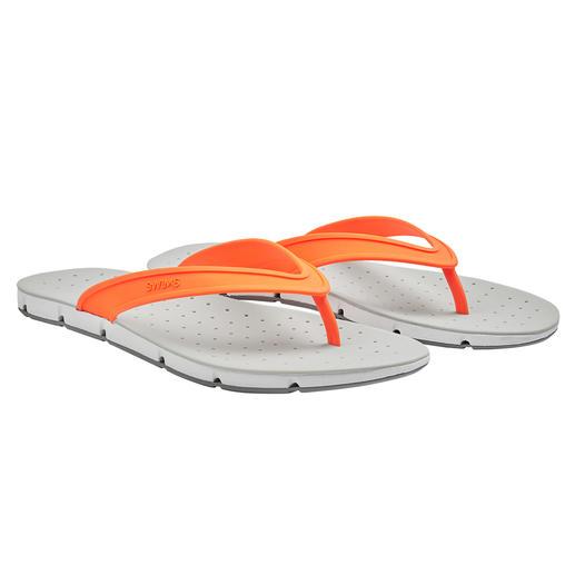SWIMS Bade-Sandale Breeze Die Badesandale Breeze bringt sogar Luft von unten an Ihre Sohlen. Rundum Open-Air für Ihre Füsse.
