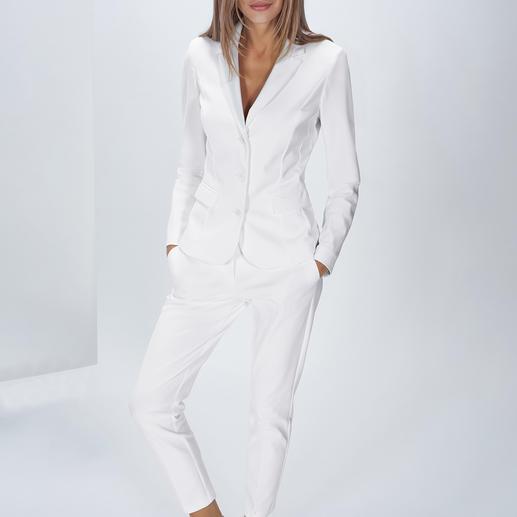 The Pure Barbara Schwarzer Easy-Care-Anzughose oder -blazer Trend-Thema weisser Hosenanzug – aber bitte waschmaschinenfest! Aus innovativem, elastischem Hightech-Jersey.