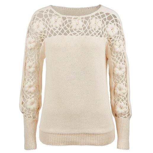 Eribé Blüten-Pullover Kunstvoller als die meisten Blüten-Dekors: Plastisch und ausdrucksstark per Hand gehäkelt. Exklusiv für Fashion Classics.