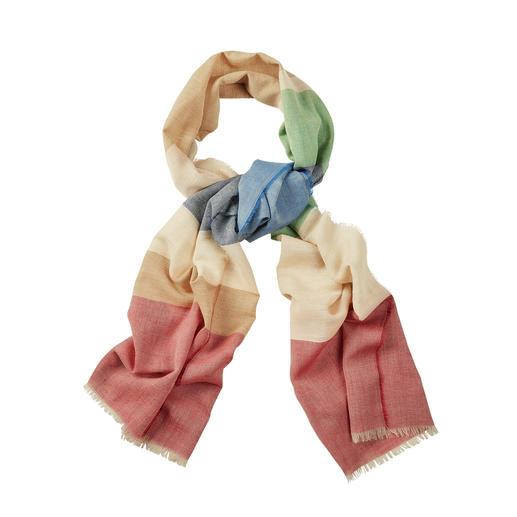 Edles Material. Noble Herkunft. Guter Preis. Der 6-Farben-Schal aus Wolle, Seide und Leinen. Von Lochcarron of Scotland.