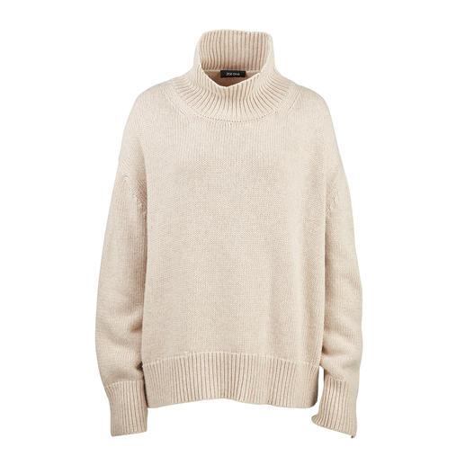 Liebling der Fashion-Crowd: der bezahlbare Kaschmir-Sweater von ZOE ONA. Angesagt oversized und mit trendgerechtem Turtleneck. In Rot und Natur.