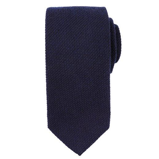 Die perfekte Krawatte zu Ihren liebsten Winter-Sakkos und -Anzügen. Wollige Strick-Optik aus Kaschmir und Seide. Klassisch spitze Form.