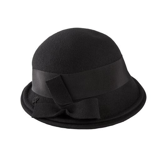 Céline Robert Merinofilz-Cloche So elegant kann ein wetterfester Hut sein.