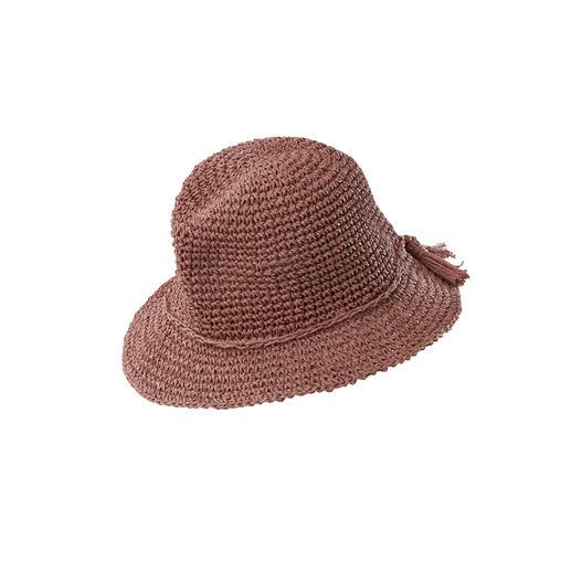 Die handgehäkelten Trend-Accessoires aus Papier. Fedora-Hut plus passender Shopper aus der deutschen Hutmanufaktur Loevenich, seit 1960.