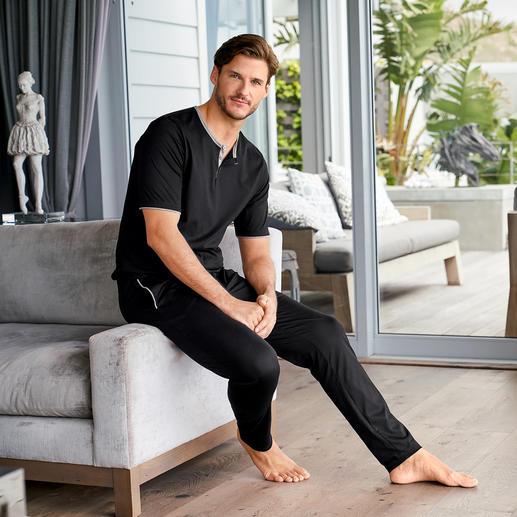 Die Edel-Version unter den Baumwoll-Pyjamas. Selten: Moderne, cleane Form. Und erlesene swiss+cotton-Qualität.