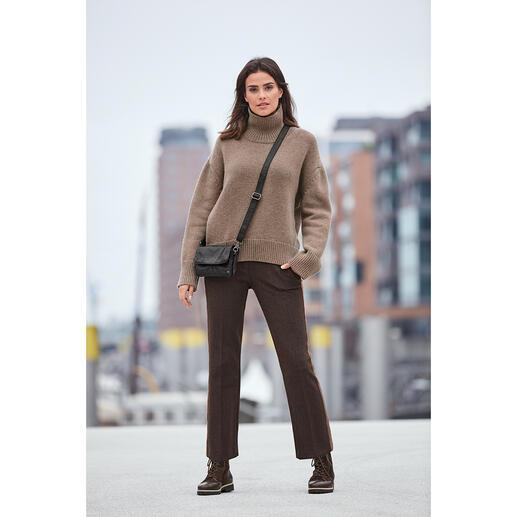 Der bezahlbare Kaschmir-Sweater von Zoe Ona: Liebling der Fashion-Crowd. Liebling der Fashion-Crowd: der bezahlbare Kaschmir-Sweater von Zoe Ona.